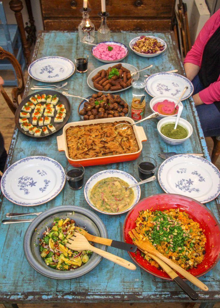 Vegansk julmat – 30 recept för ett komplett växtbaserat julbord tillsammans med Anamma! | Jävligt gott - vegetarisk mat och vegetariska recept för alla, lagad enkelt och jävligt gott. #julmatjulbord Vegansk julmat – 30 recept för ett komplett växtbaserat julbord tillsammans med Anamma! | Jävligt gott - vegetarisk mat och vegetariska recept för alla, lagad enkelt och jävligt gott. #julmatjulbord Vegansk julmat – 30 recept för ett komplett växtbaserat julbord tillsammans med Anam #julmatjulbord