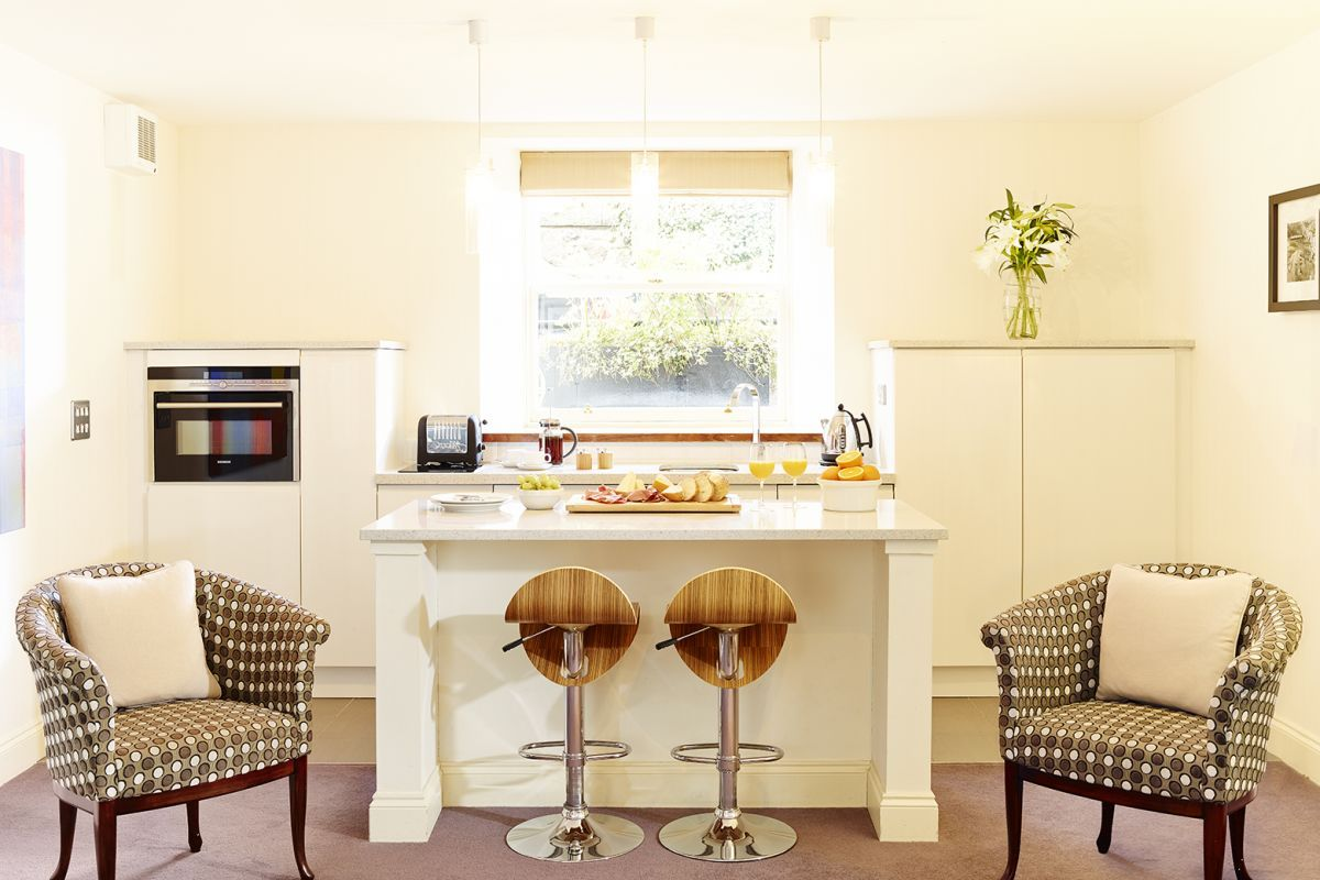 Kitchen, Merchiston Serviced Apartments, Edinburgh