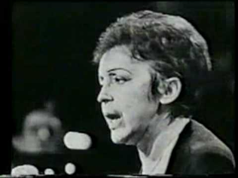 Edith Piaf Non Je Ne Regrette Rien Live Youtube Edith Piaf Songs French Songs