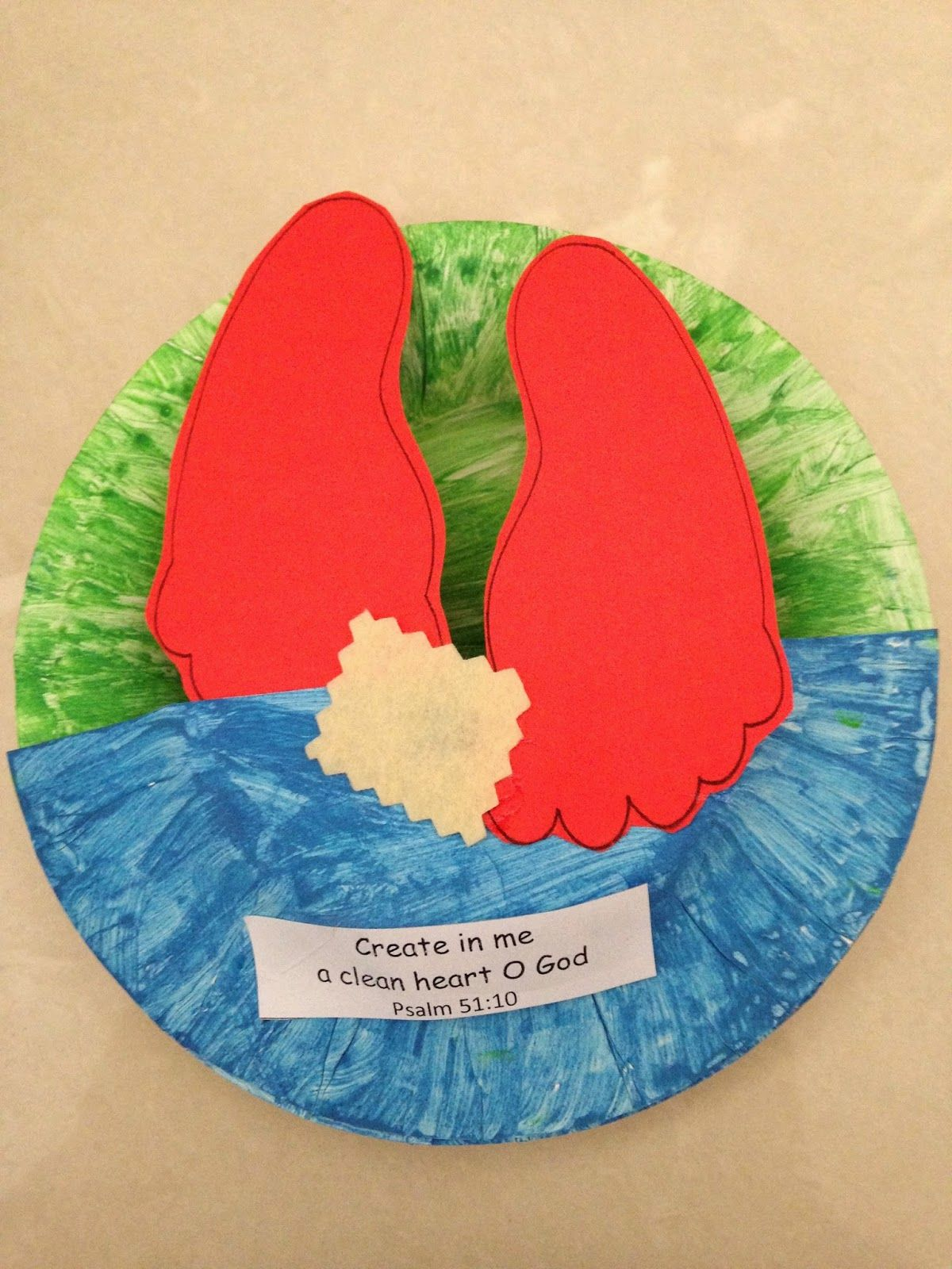 A Little Amused Paper Plate Craft