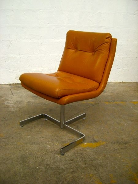 Anonymous; Chromed Steel and leather Chair by Raphael, 1970s.