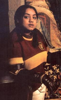 Alicia Spinnet Personajes De Harry Potter Harry Potter Fotos De Harry Potter