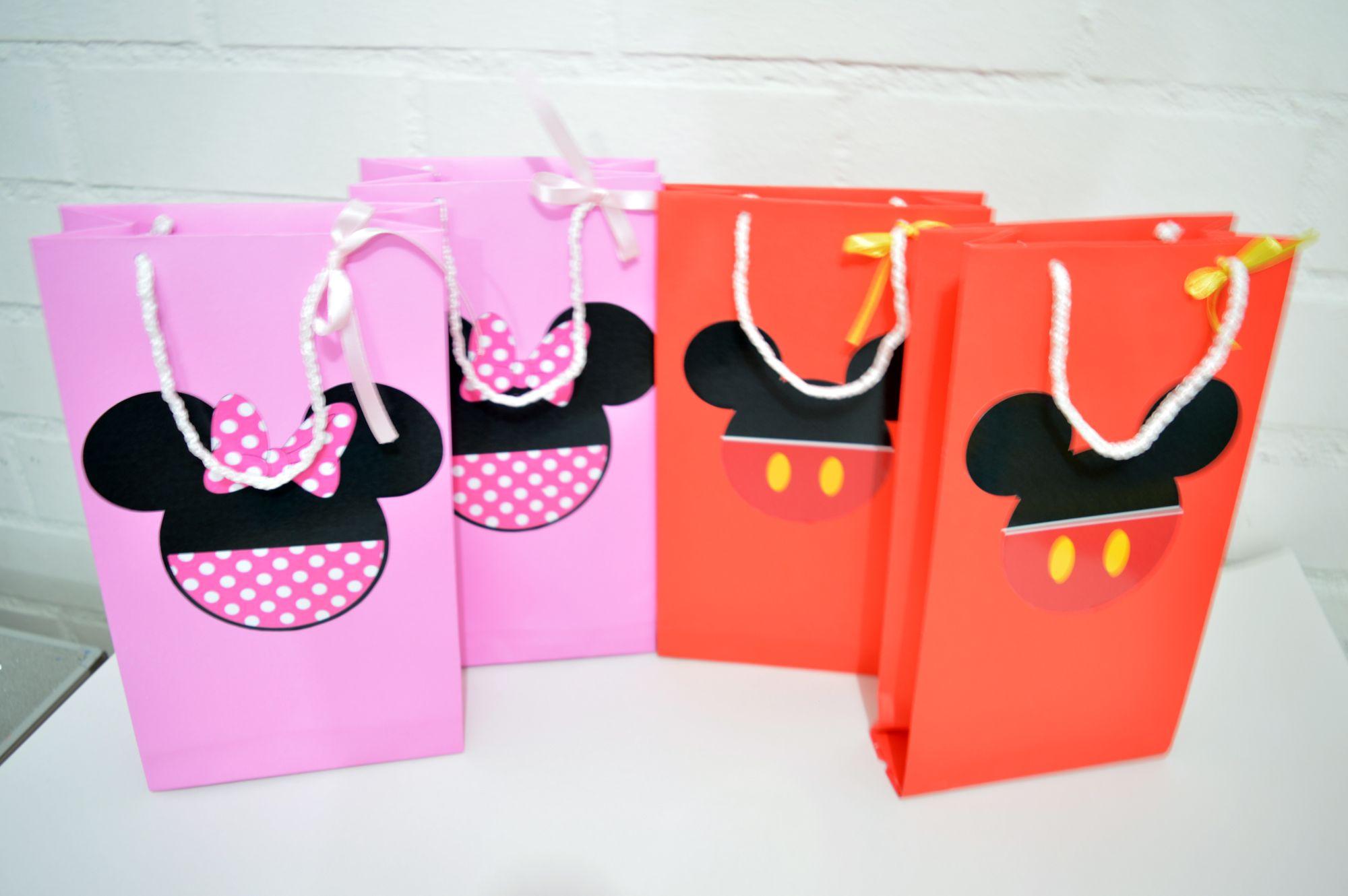 a07c82f20 Bolsas para dulces Minnie Mickey | Birthday cotillon | Birthday ...