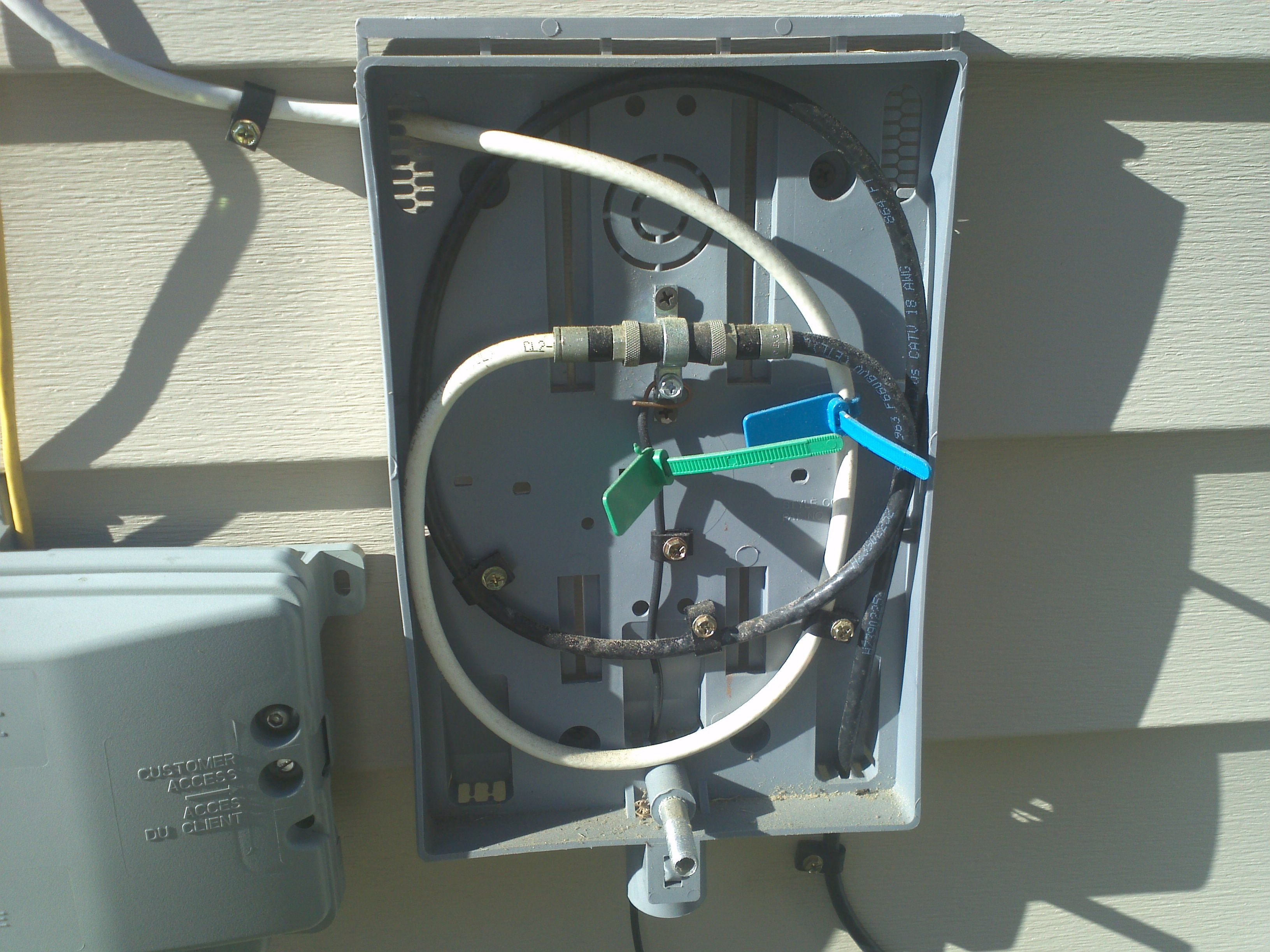 outdoor tv antenna wiring diagram dual battery for rv connecting coaxial cable to existing box