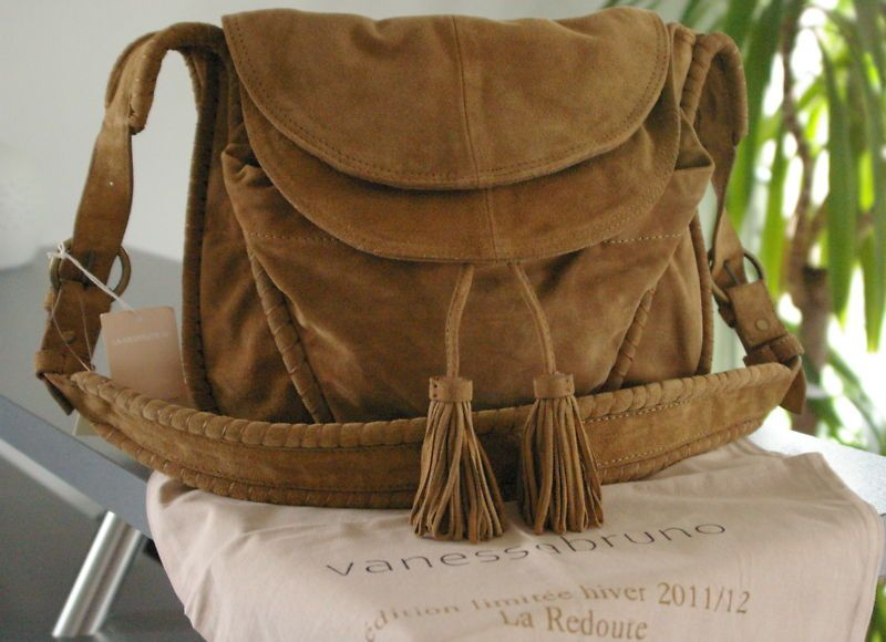 ebay vanessa bruno sac bandouliere daim camel neuf sacs pinterest vanessa bruno camels. Black Bedroom Furniture Sets. Home Design Ideas