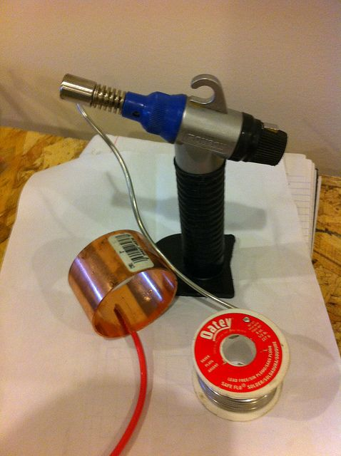 How To Build A 300amp Slip Ring For A Wind Turbine Prevent Wires From Twisting Inside The Tower Alternative Energy Wind Turbine Solar Power