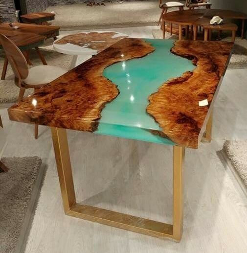 #luxury #luxurylife #luxurystyle #hirawood #coffetable ☕ #epoksimasa #furnituredesign #woodworking #epoksi #sehpa #ortasehpa #evdekorasyonu #tasarim #dekorasyon #interiordesign #içmimar #natural #handmade #mutfak #home #homedecoration #yemekodasi #chester #masifmobilya #epoxyfloor #mağaza #cafe