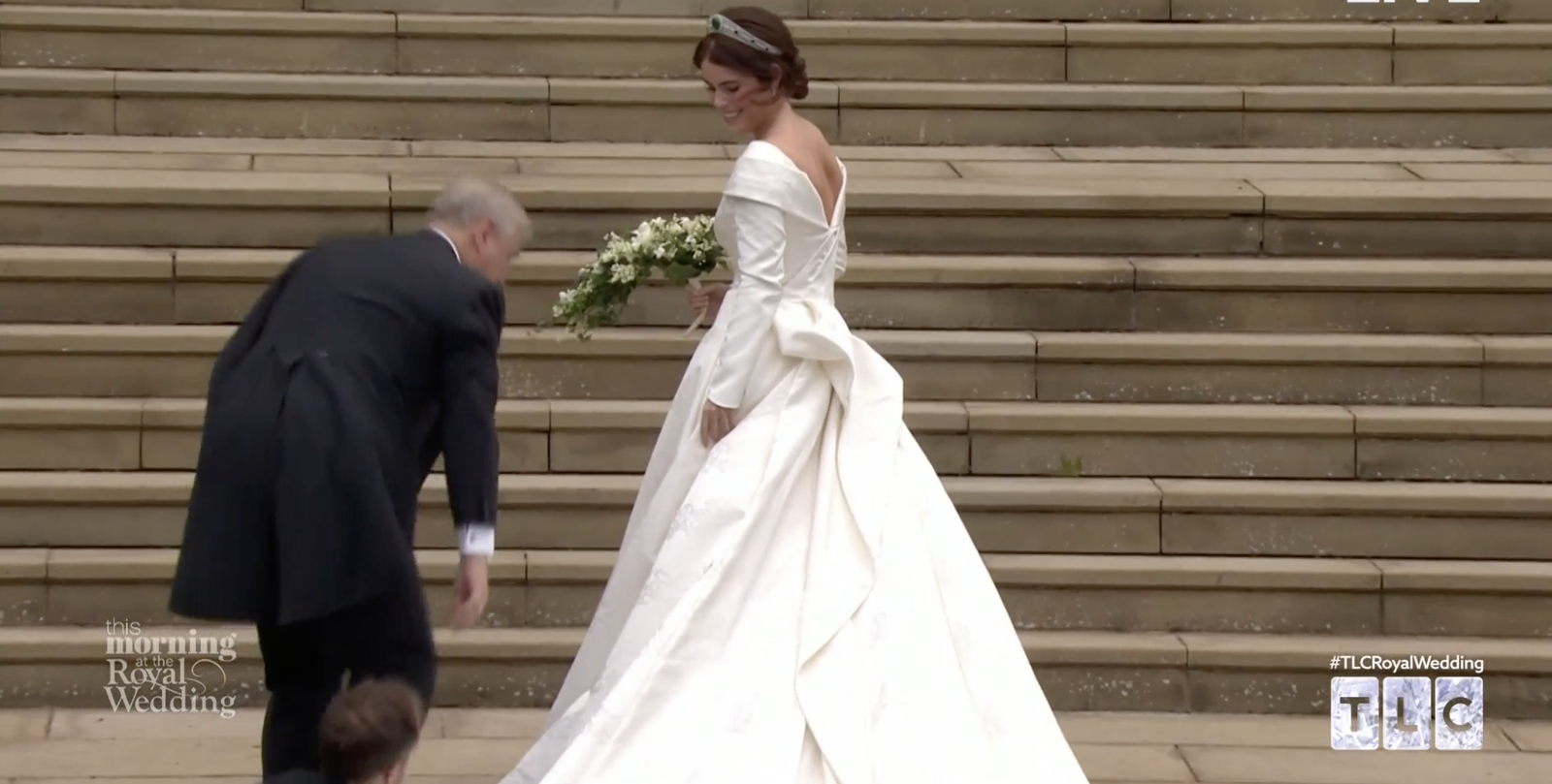 The First Full Look Of Princess Eugenie S Peter Pilotto Royal Wedding Dress Is Here Wedding Dresses Royal Wedding Dress Eugenie Wedding [ 809 x 1600 Pixel ]