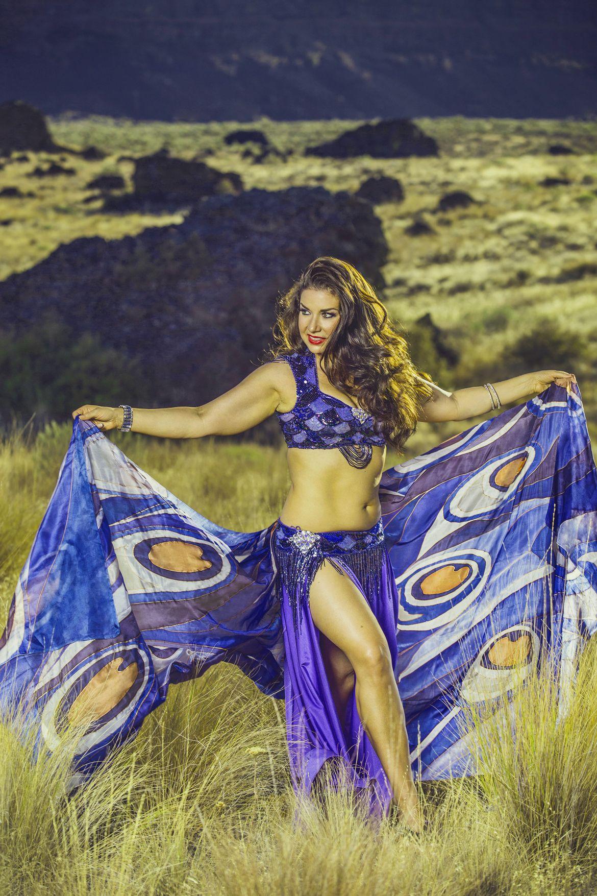 Aziza avec voile Mosaic plumes de paon