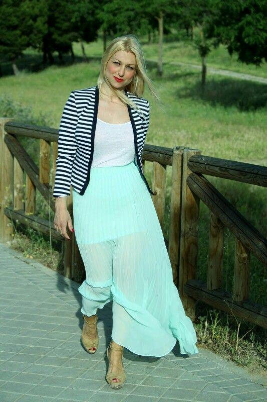 4c02d63ab Gree mint skirt/ falda verde menta   Miriam In Vogue Blog   Moda ...