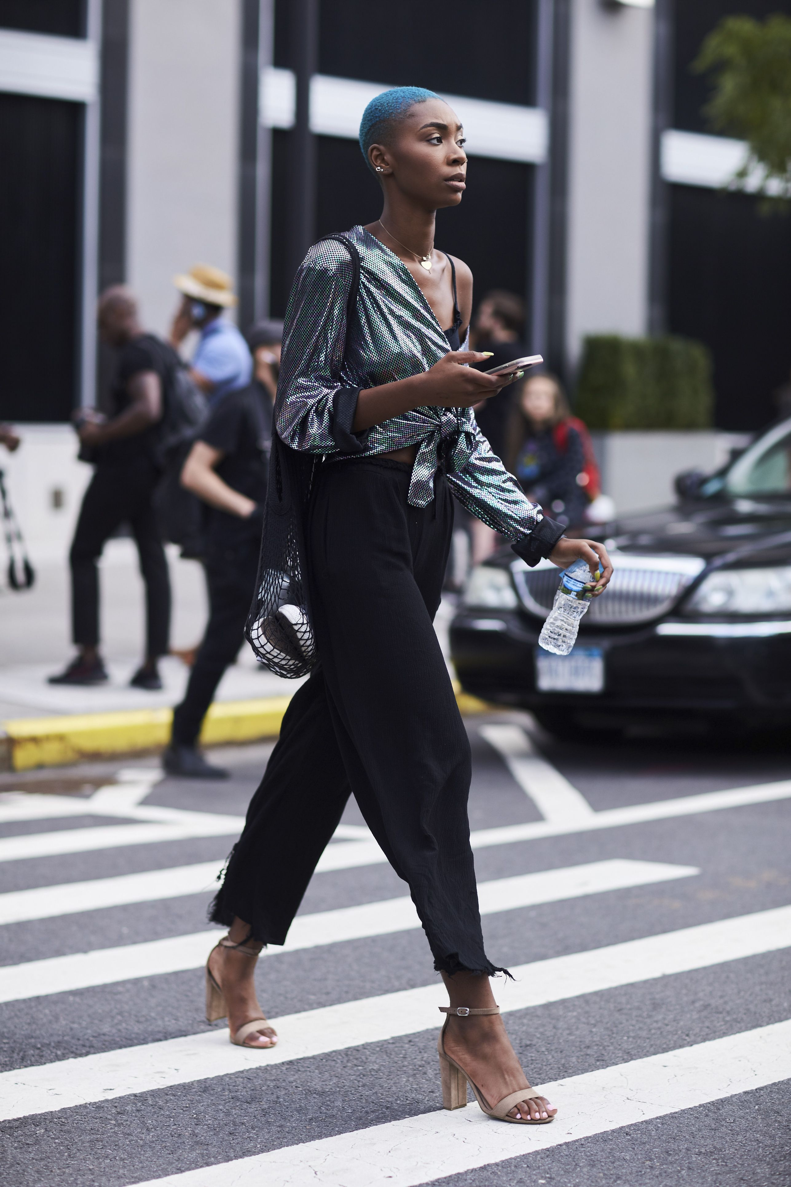 Best Street Style New York Fashion Week Ss18 Street Styles Fashion Weeks And Spring Summer