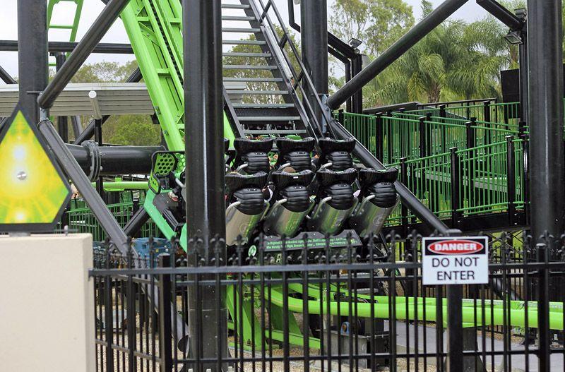 Green Lantern Coaster Warner Bros Movie World Australia Movie