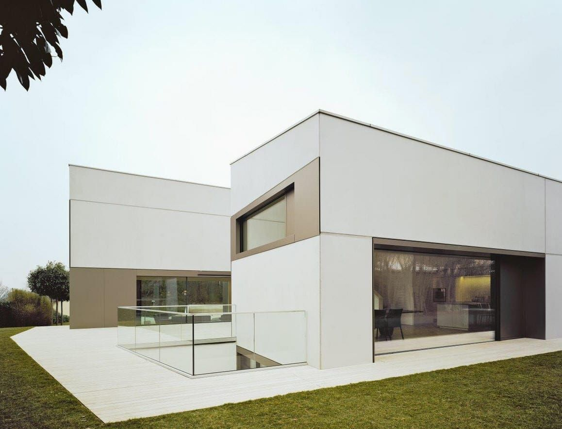 Fassadenverkleidung Aus Verbundwerkstoff Glatt Platten Alucobond Plus Anodized Look C32 Alucobond Fassade Haus Fassade Wohnhaus