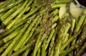 """Discovery Health """"Cancer-Fighting Asparagus"""""""
