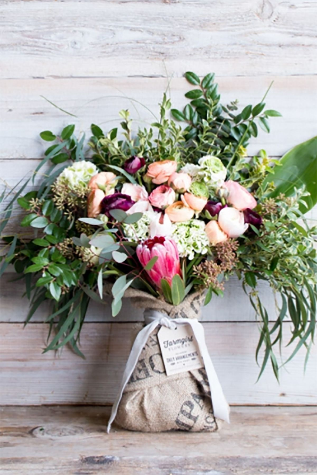 20 flower delivery options for a sweetsmelling mothers