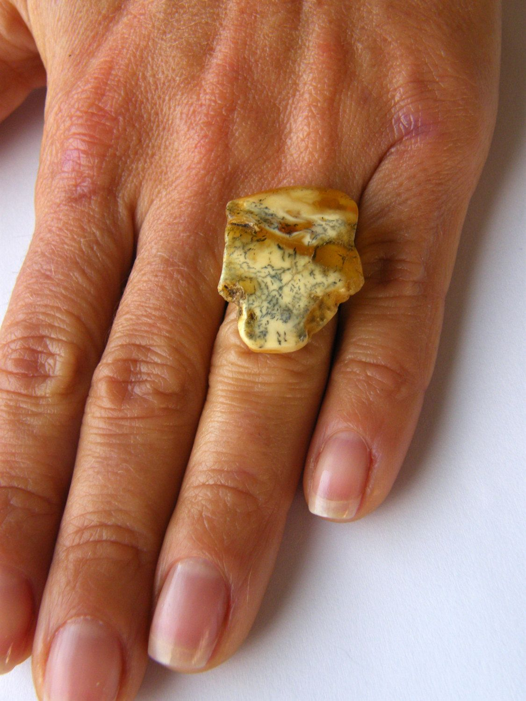 Amber Ring, genuine Amber, orange, yellow, gray, matte Sterling Silver 925 rail, for women, giftbox, handmade, シルバー リング unique, NEW von JewellerWithSoul auf Etsy