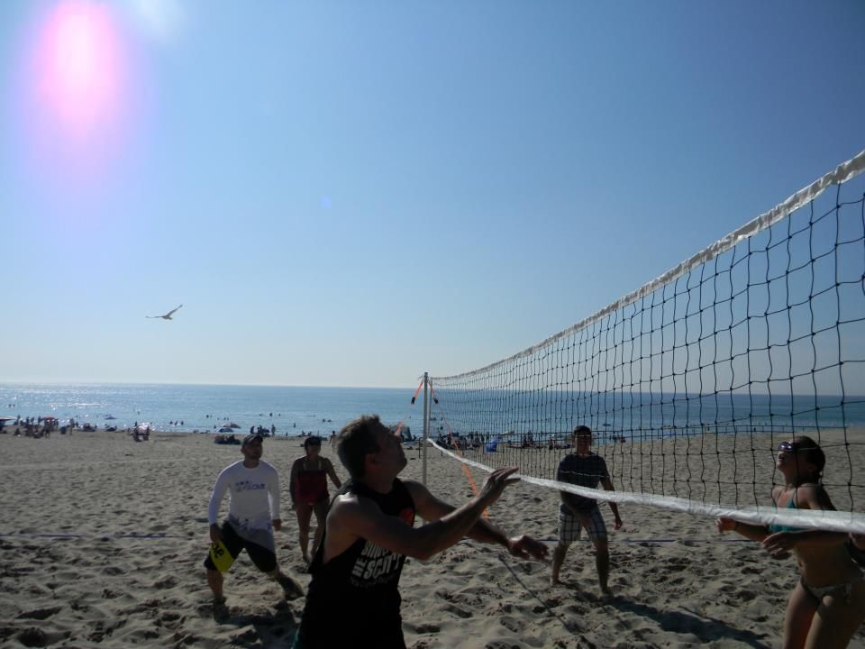 Volleyball To The Face Volleyball Face Off Bay Bridge Adventure Travel
