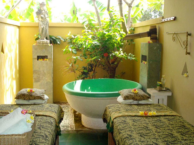 This is what awaits you when booking a spa treatment at Sekar Jagat ...