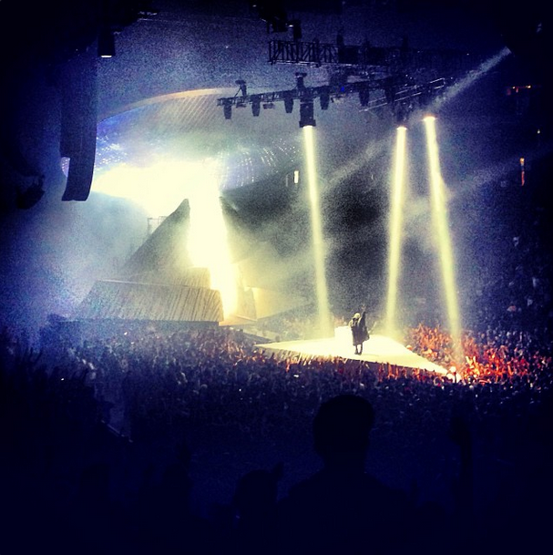 Pictures Of The Yeezus Tour Kanye West Forum Yeezus Tour Yeezus Pictures