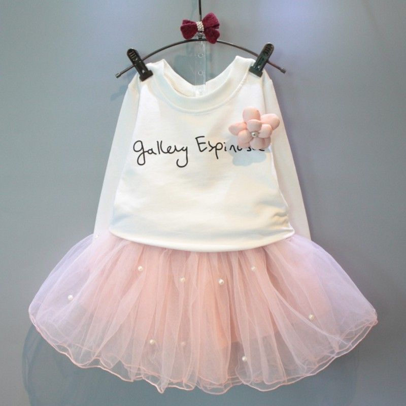 66860683f8f Pas cher Belle filles tee shirt blanc et rose jupe avec strass vêtements  set pour enfants fille autmn enfants vêtements set costume de détail