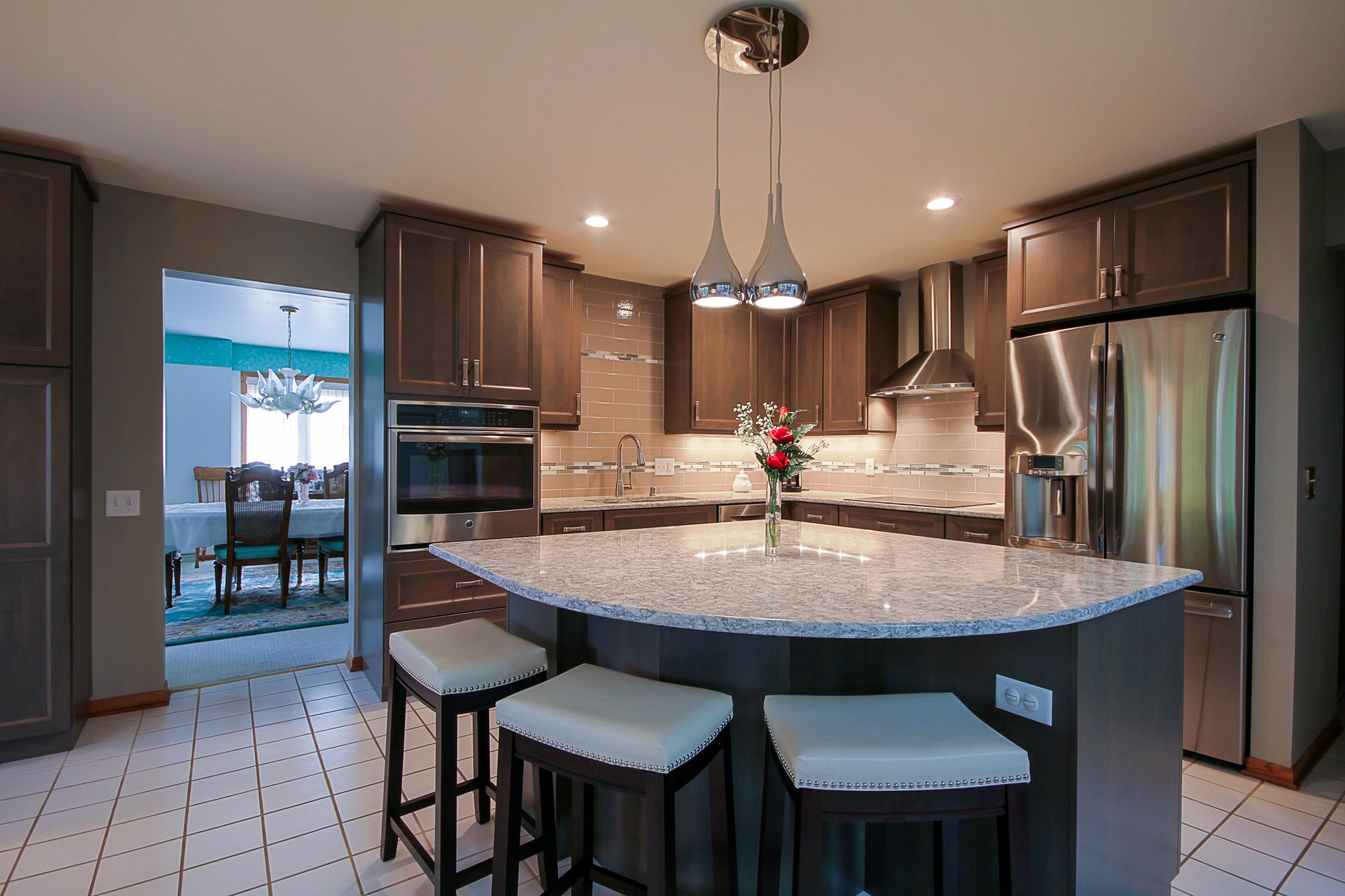 Brown/Grey Kitchen cabinets, Cambria Berwyn coutertops ...