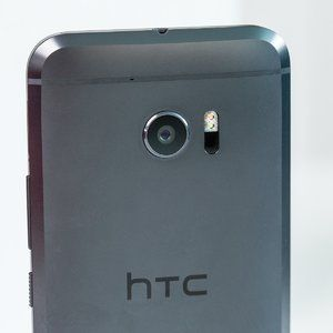 HTC's sales remained steady in October; still led to a