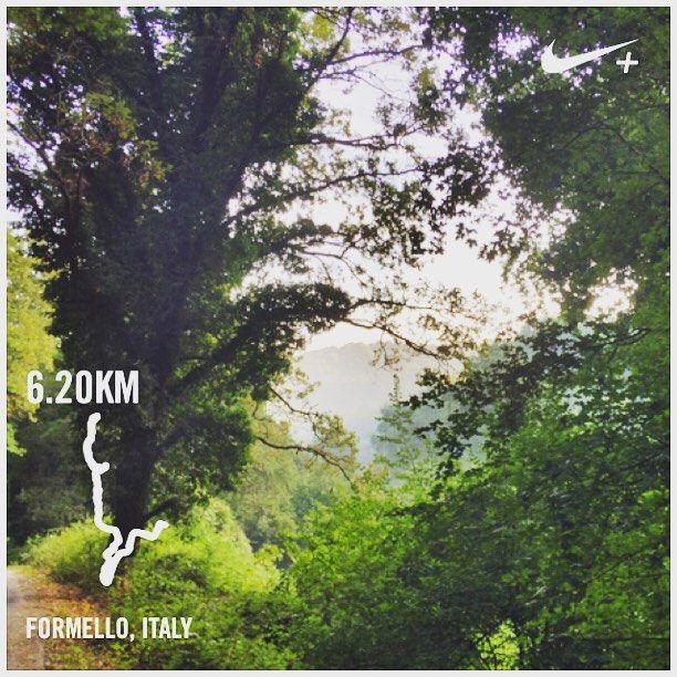 https://flic.kr/p/ya53ai   Gorgeous misty valley to jog through this morning! #upsticksandgo #mistyvalley #jog #running #stayingfit #greattobealive #travelfit #italia #italy #formello #run #michfrost