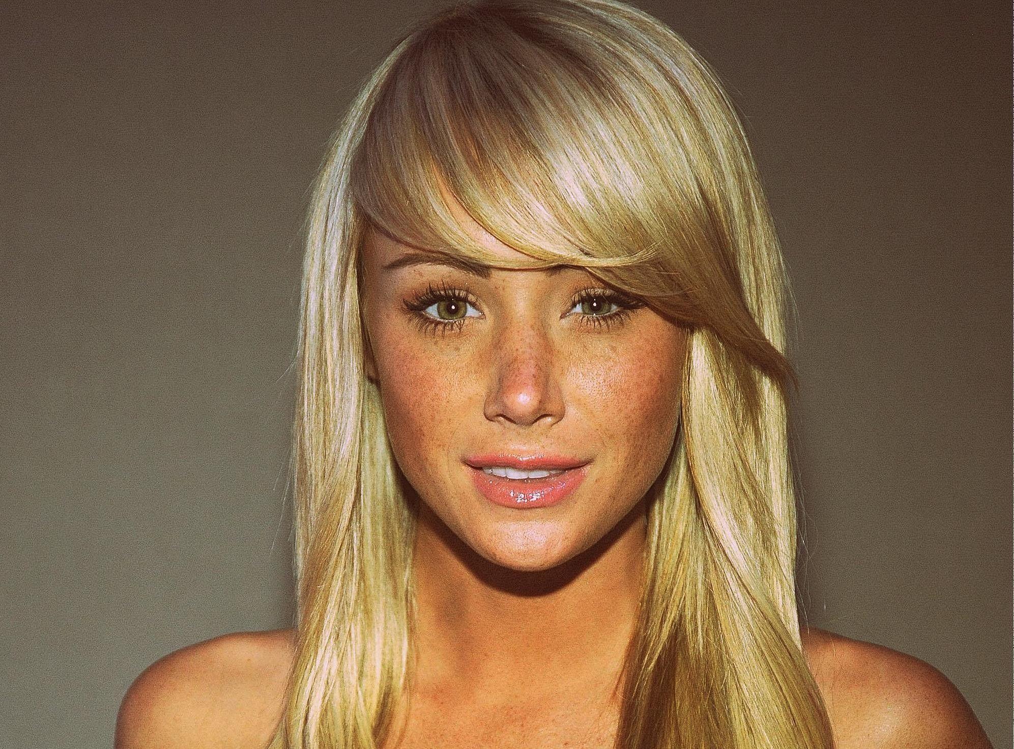 Schräger pony googlesuche babes pinterest celebrity beauty