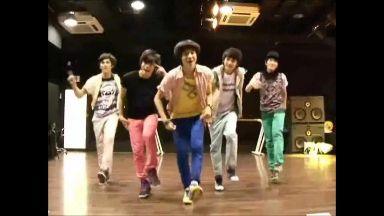 SHINee - Replay (Dance Practice) Credit goes to lipsandlove