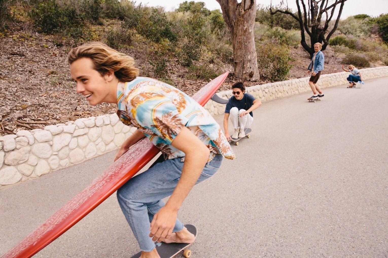 Barefoot Surfer Skater Boy. Nah