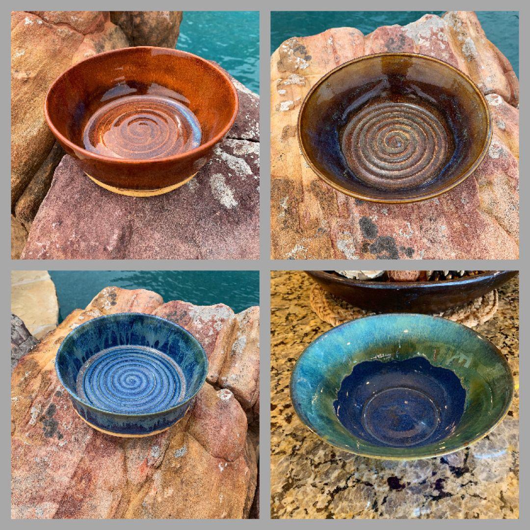 #handmadepots #itsfallyall #servingbowls #servingbowl #familygatherings #fallgatherings #handmadeceramics #handmadeceramic #potterylove #potterylovers #scissortailpottery #entertainingathome #servingware