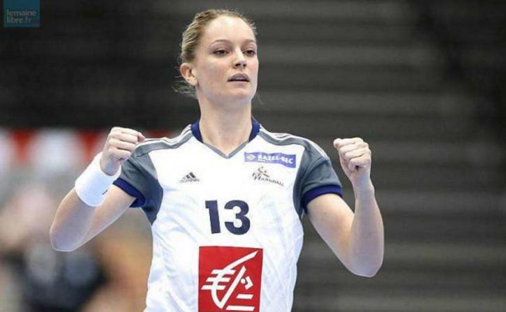 JO 2016. Manon Houette et les handballeuses françaises en