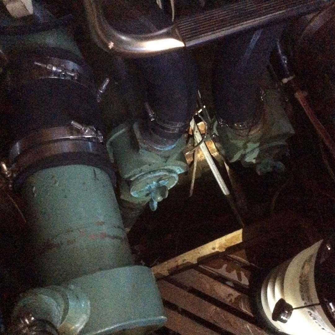 Add a T and a valve to suck water out of the bilge maybe? Instead of a crash pump?? #cinderellanotes http://ift.tt/1NlLhvg