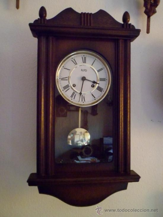 Reloj de pared antiguo 2 old objects pinterest - Relojes pared antiguos ...