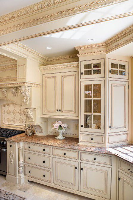 Beautiful kitchen design with Providence crown molding ...