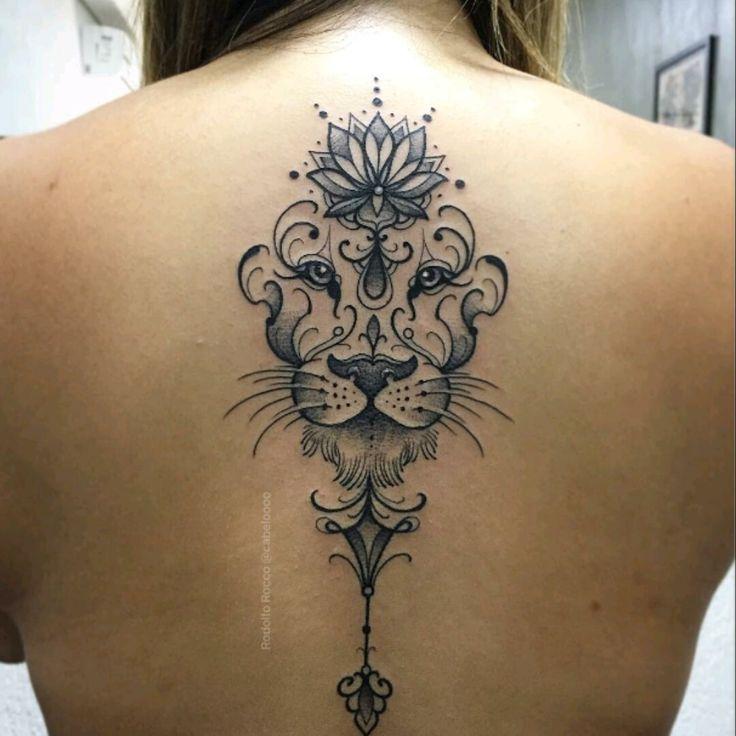 By Cabeloooo Lion Lotus Flower Liontattoo Avec Images Tatouages Creatifs Tatouage Tatouage Cou