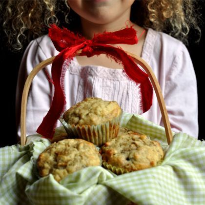 5151b8b5af13a Little Red Riding Hood s Banana Nut Muffins