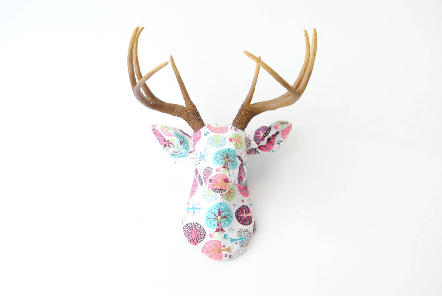 Wholesale Tree House Fabric Youth Deer Wall Mount