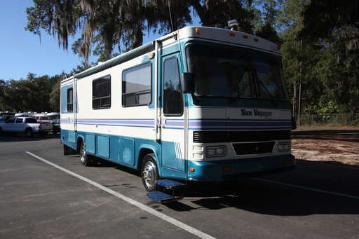 Check out this 1995 Gulf Stream GULFSTREAM 8313 SUNVOYAGER