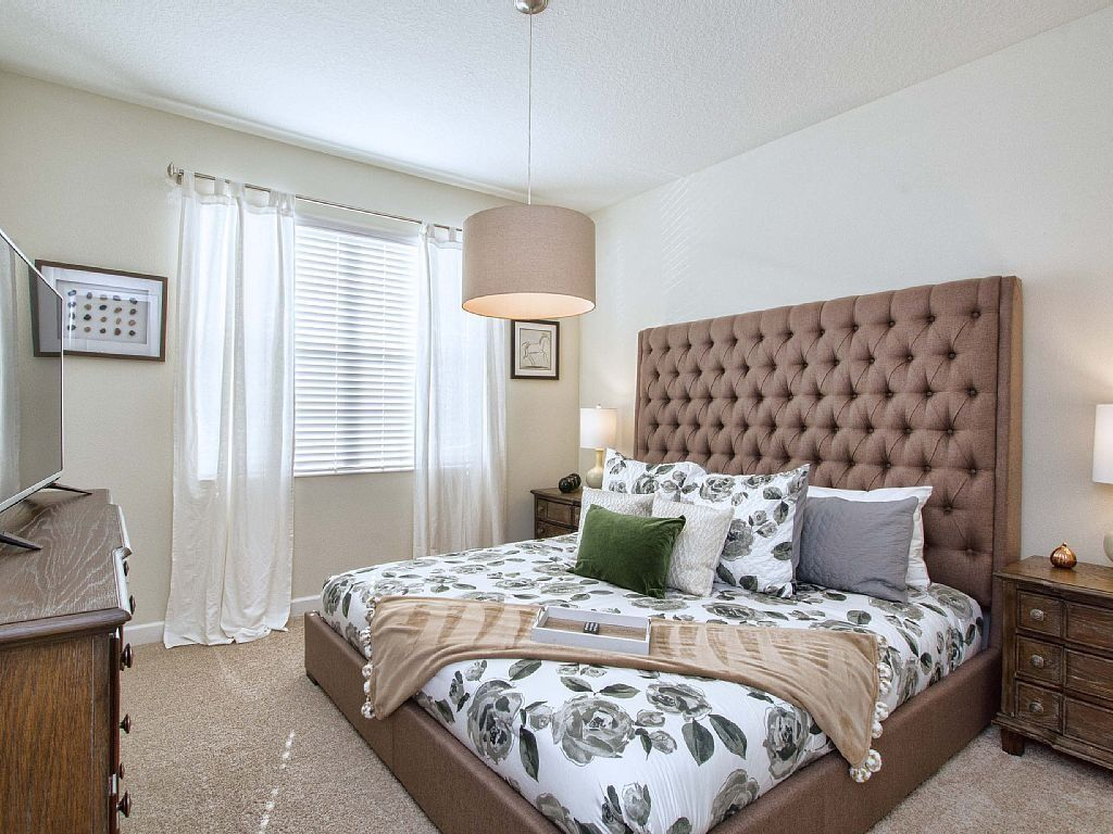 Swooning over this bedroom inside this Kissimmee, Florida