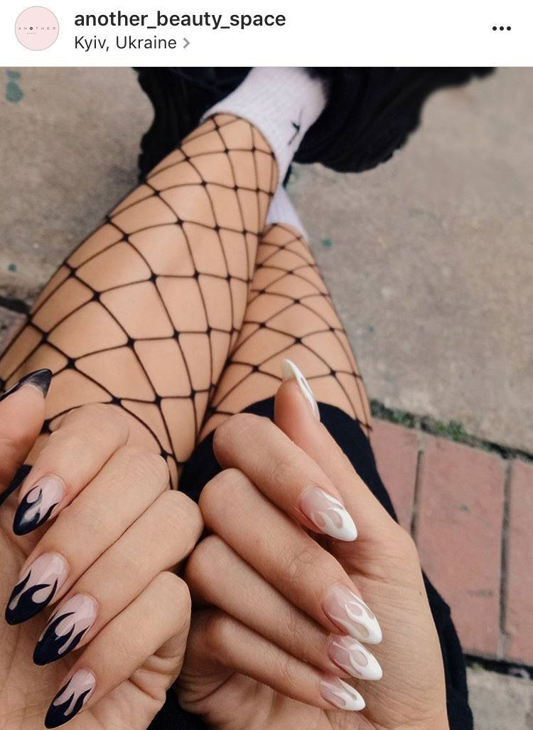Edgy flame almond nails black & white | BEAUTY | Almond