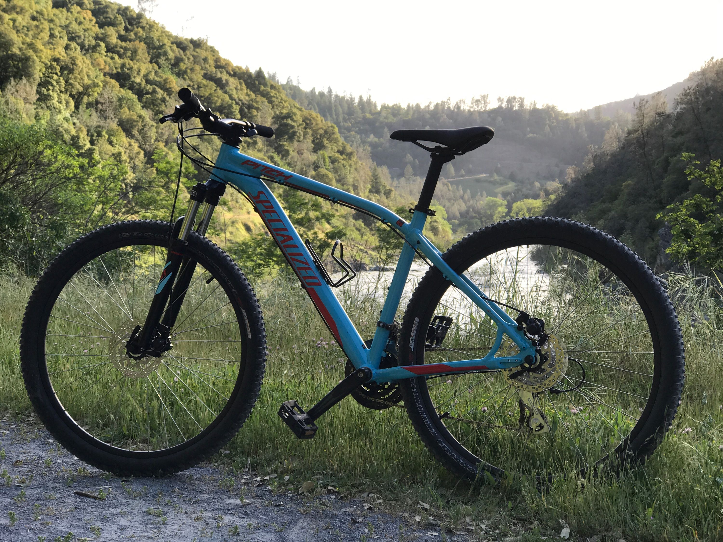 0fa836c1789 2016 Specialized Pitch. Teal Blue & Flame Red. I call her my Specialized
