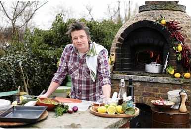Jamie Oliver In His Outdoor Kitchen Pizza Oven Outdoor Pizza Oven Wood Fired Oven