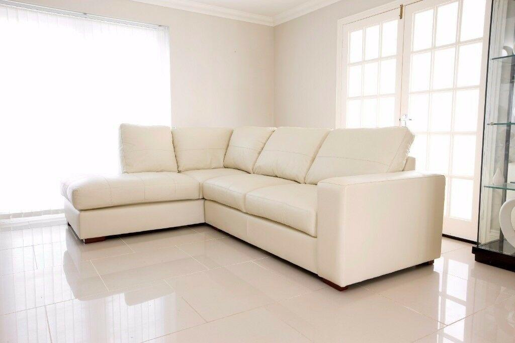 Black Leather Corner Sofa Gumtree In 2020 Leather Corner Sofa Corner Sofa Corner Sectional Sofa