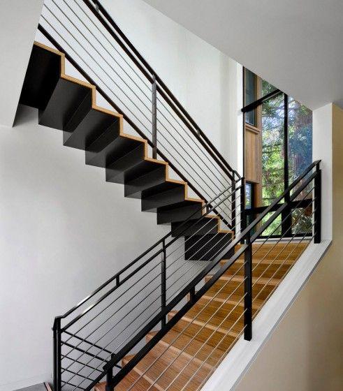 Dise o de escaleras y pasamanos encuentra ideas con los for Construccion de escaleras de hierro