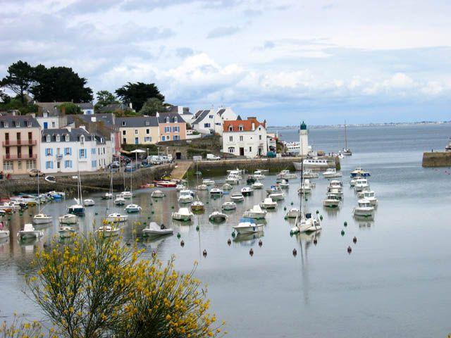 Le Port De Sauzon Belle Ile En Mer Bretagne France Francia Faro Tierra