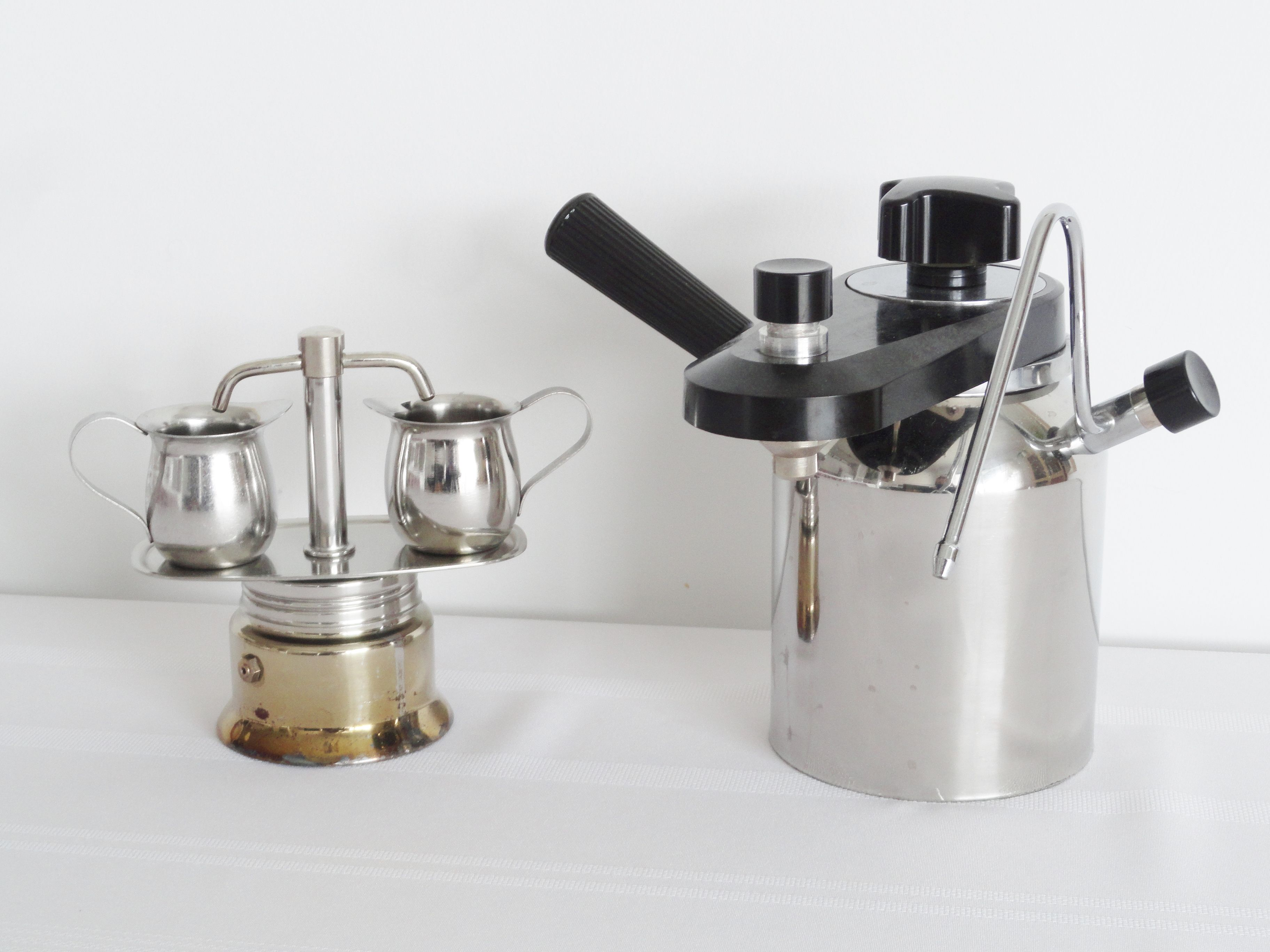 Handleiding Daalderop Professional Coffee Maker : My vintage small 2 shot stove top espresso maker, and Bellman stove top espresso maker and ...