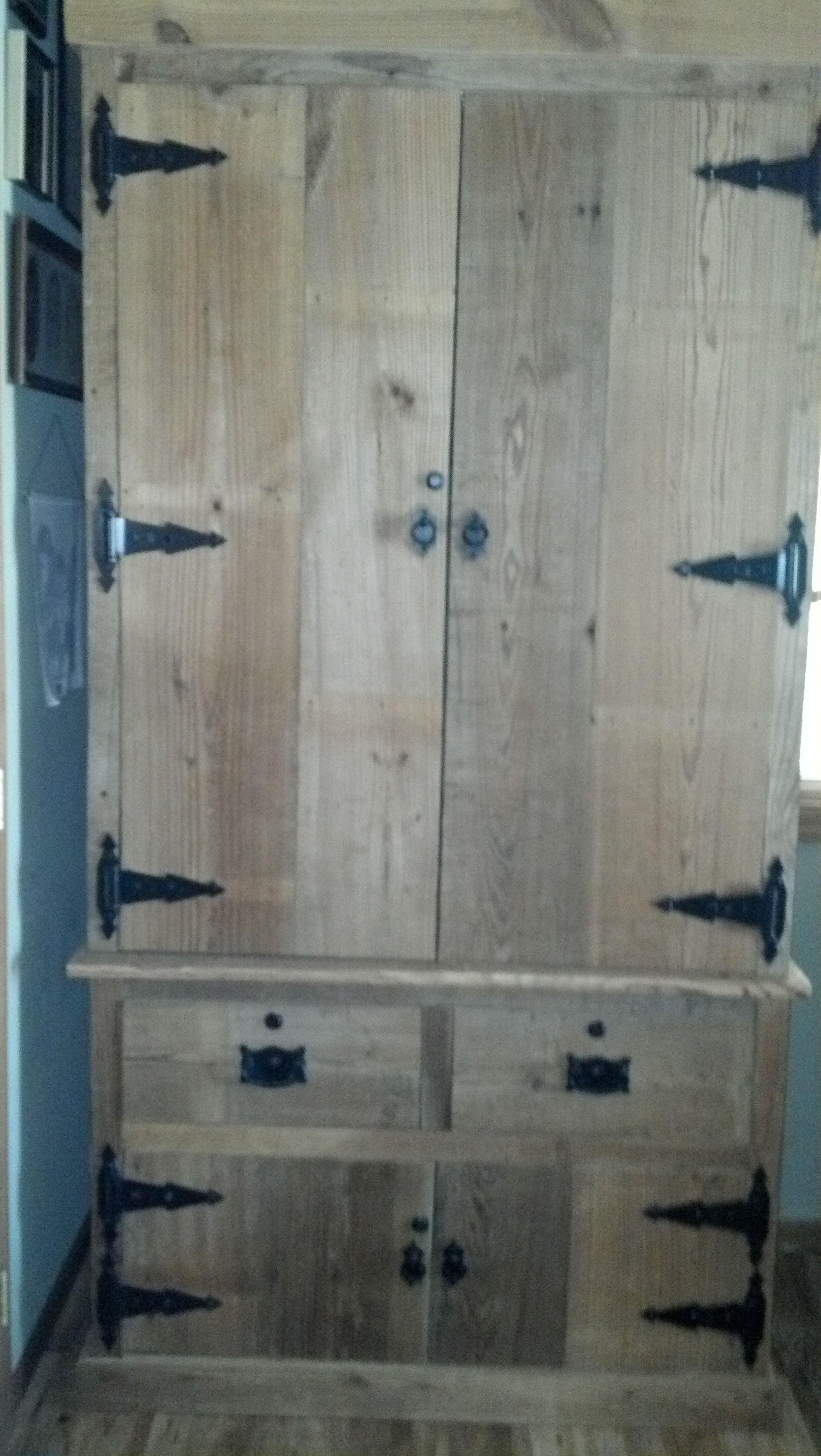 Gun Cabinet   DIY Projects
