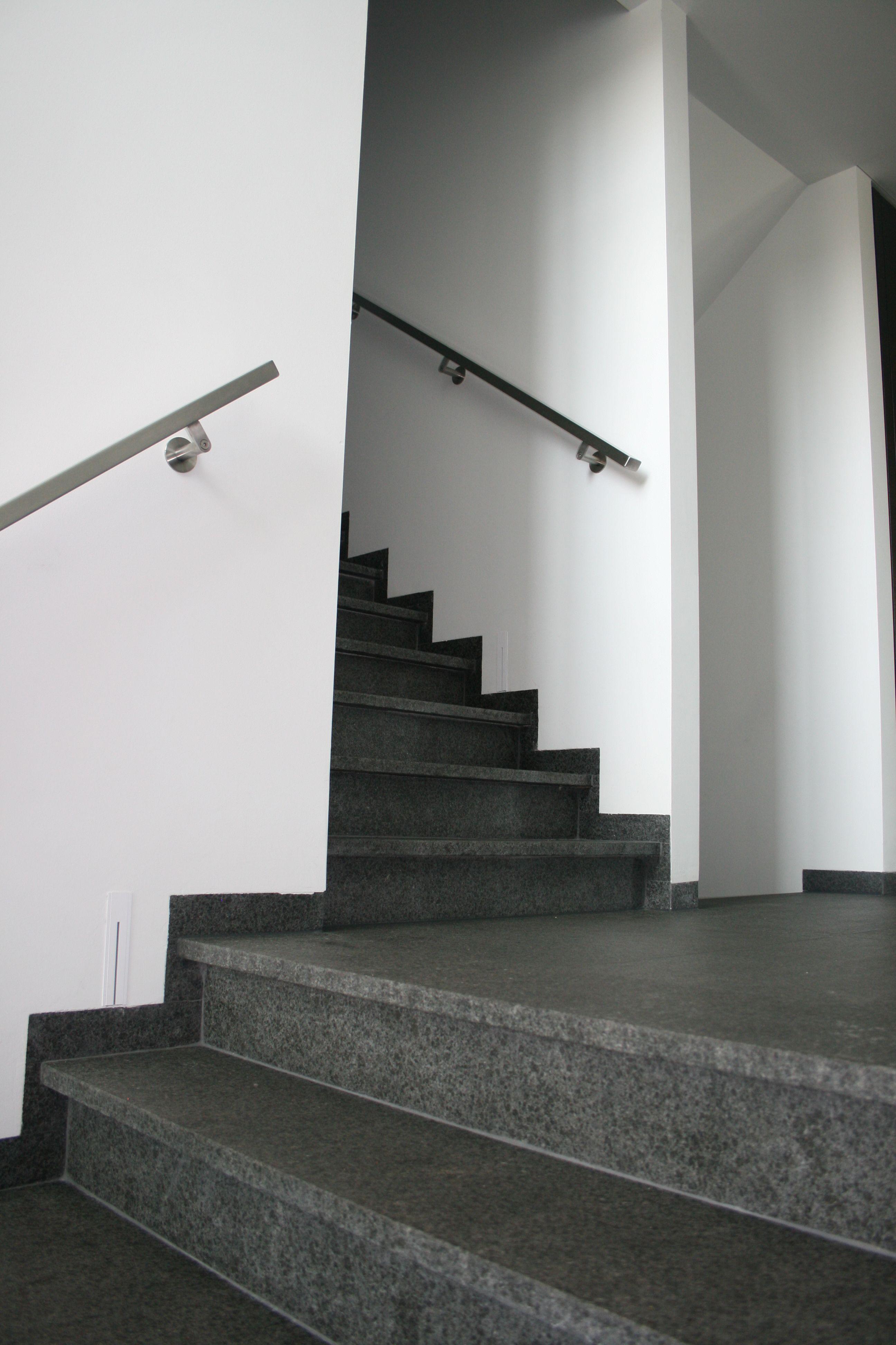 Mooihuis betonnen trap bekleden met natuursteen prijs