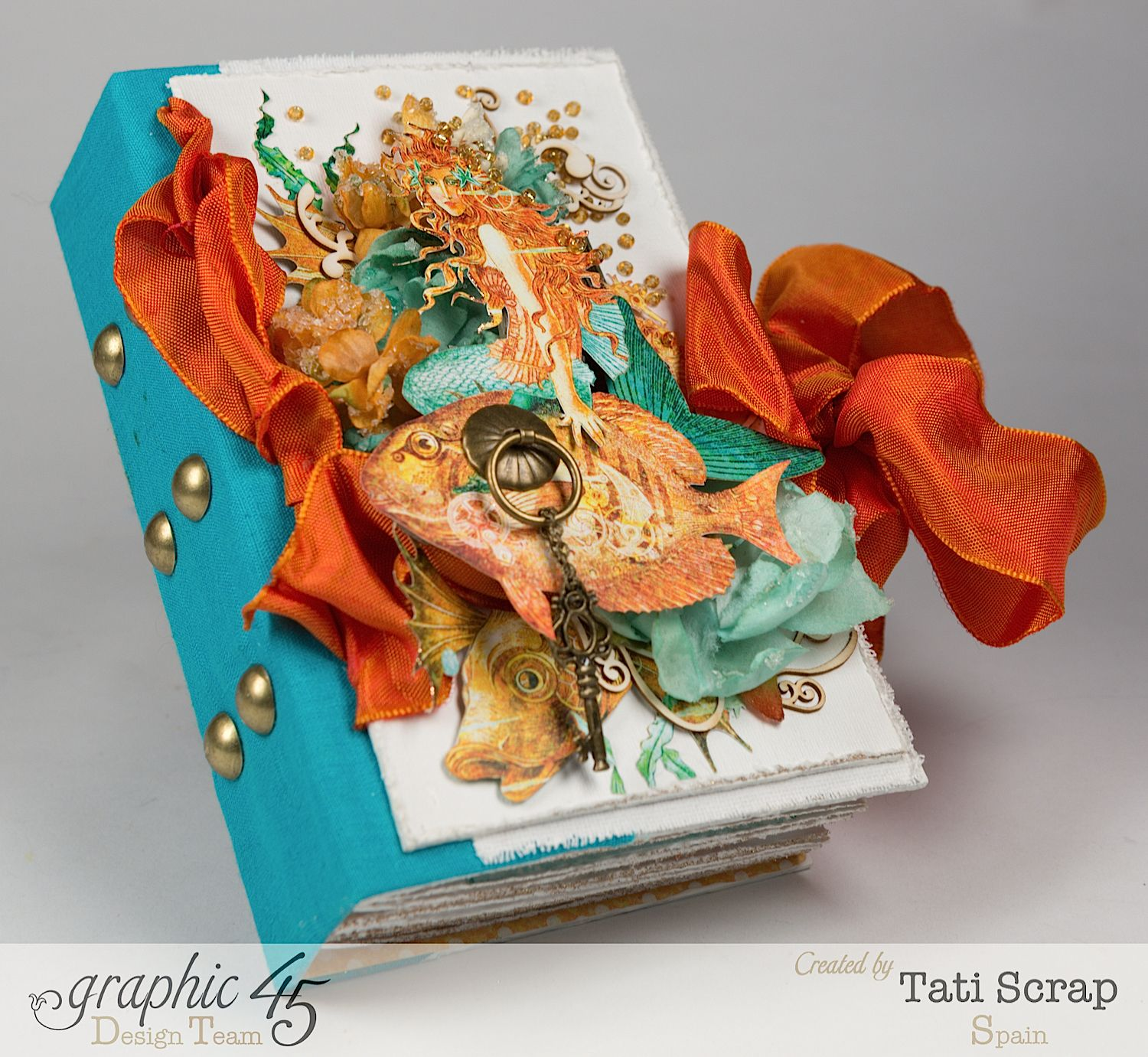 Tati,Traveller Book, Voyage Beneath the Sea, Product by Graphic 45, Photo 3-a